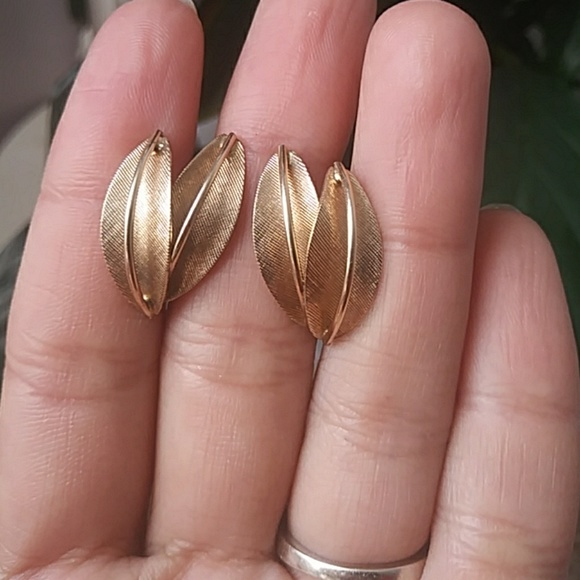 41cec1226 Vintage Jewelry | Az Goldfield Clip On Earrings | Poshmark